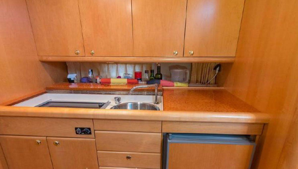 windy-kitchen