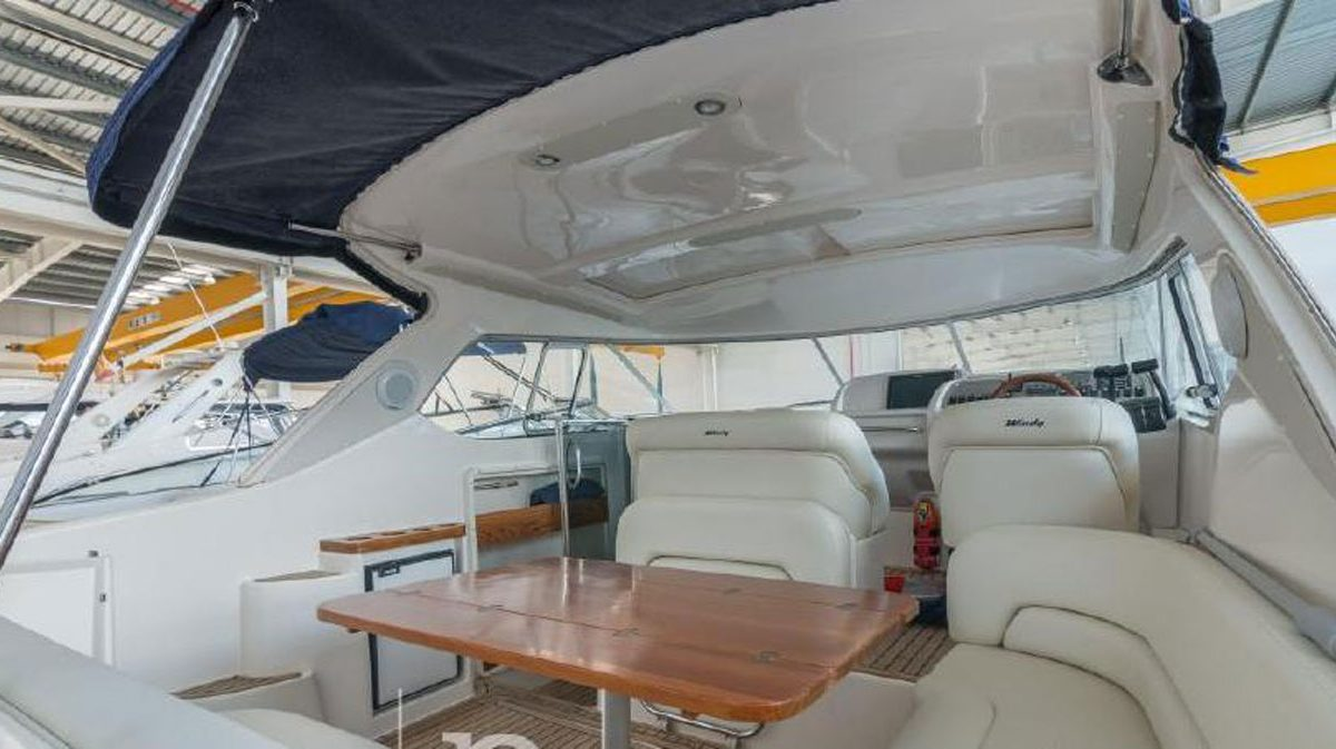 windy-cockpit